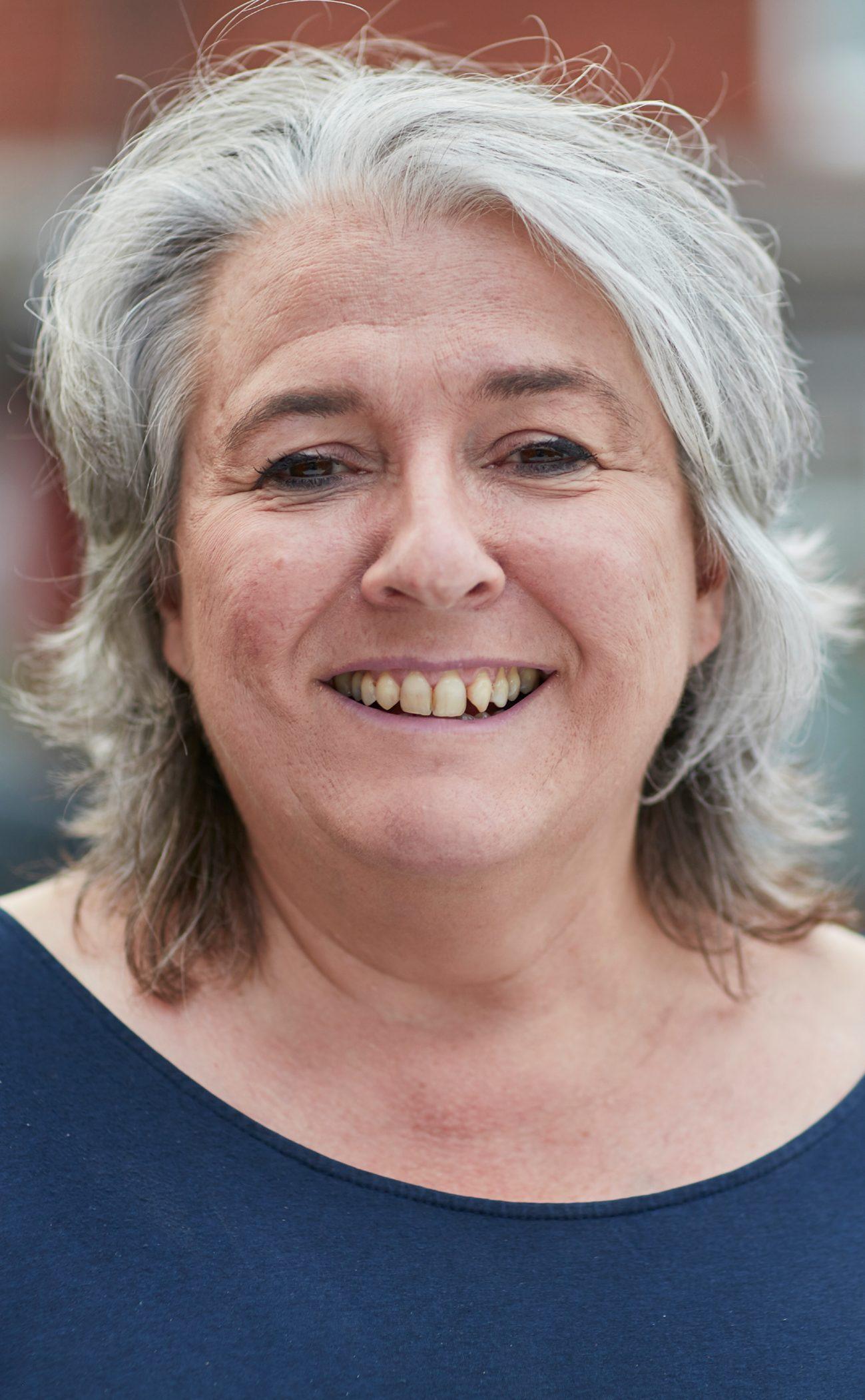 Helen Lennon BA Hons, MCIH, MBA